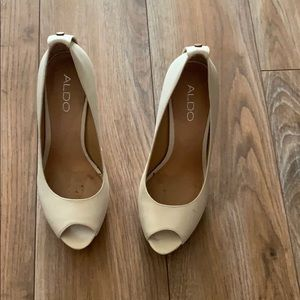 Aldo cream high heels peep toe